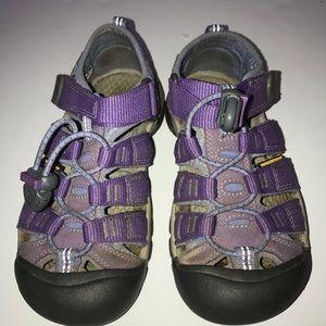 Keen girls waterproof sandals size 13